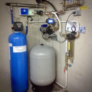 actief koolfilter met uv-lamp en zandfilter voor de zuivering van regenwater